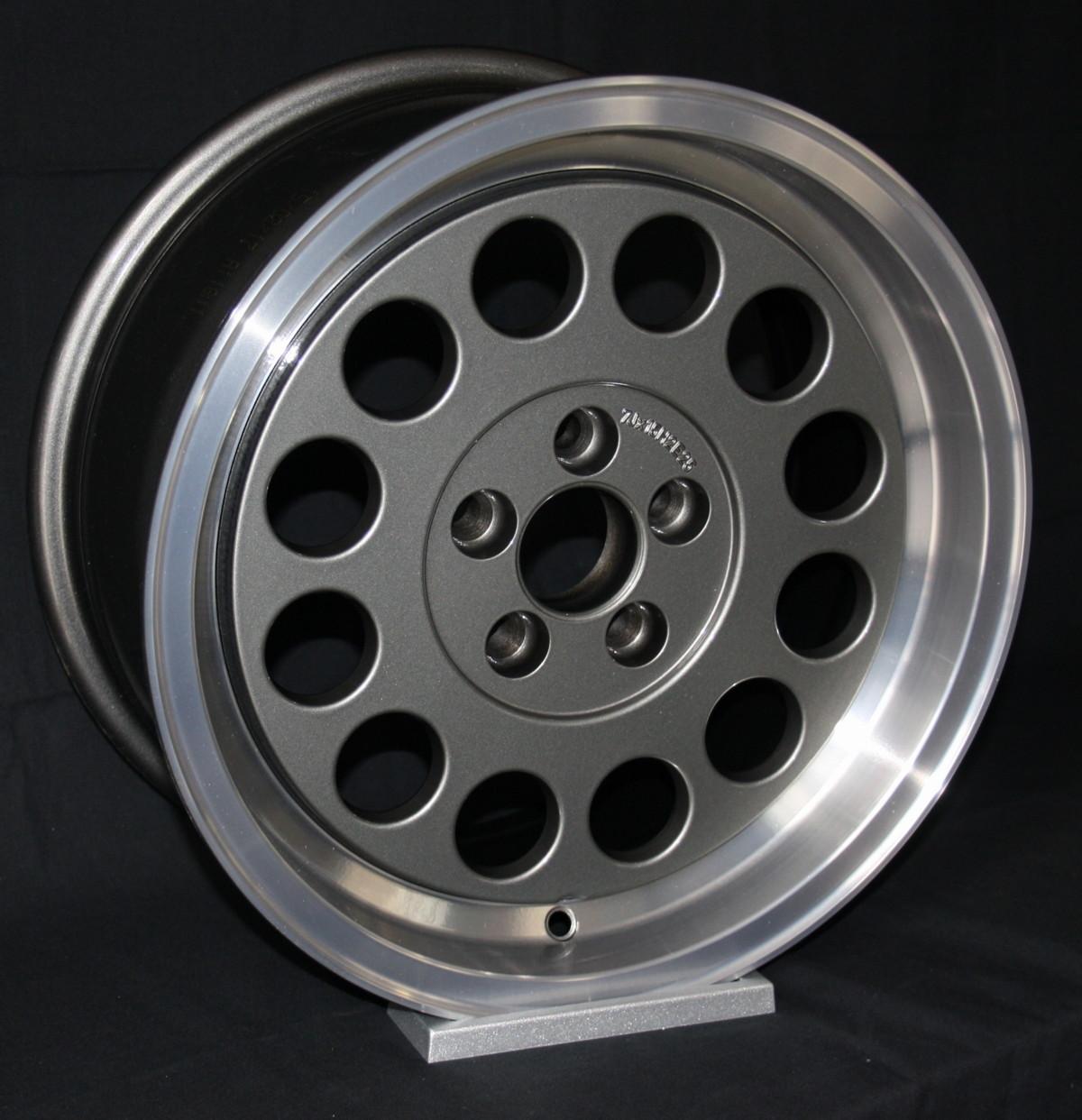 Alfa Romeo Gtv6 >> Ronal style wheels   EB Spares News